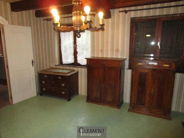 vente vendenheim grange 4 5 pieces. Black Bedroom Furniture Sets. Home Design Ideas